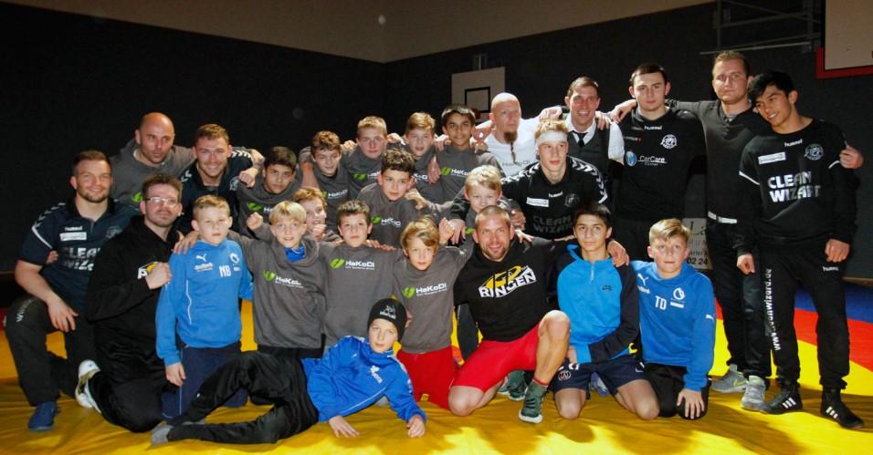 Jugendliga-Team und 2. Mannschaft